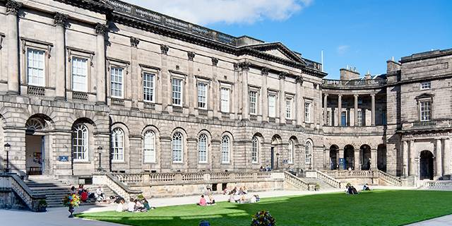 university of edinburgh law school entry requirements