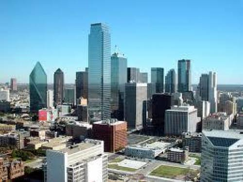 SMU Dedman School of Law is located just a few miles from vibrant, downtown Dallas, TX