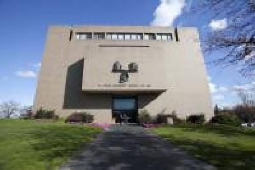 ST. JOHN'S SCHOOL OF LAW