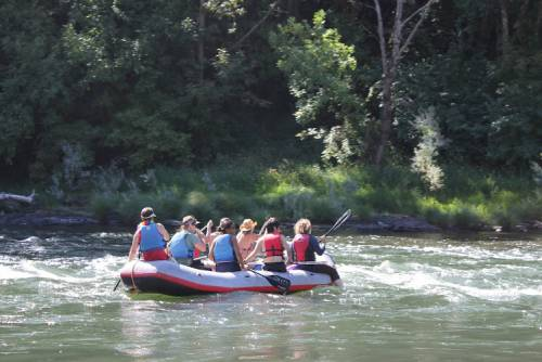 LL.M. students rafting the Rogue River in southern Oregon